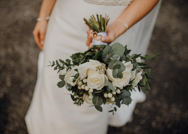 WINTER WEDDING LAKESIDE MARQUEE THORNTON MANOR-81.jpg