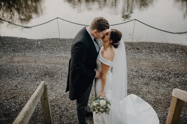WINTER WEDDING LAKESIDE MARQUEE THORNTON MANOR-88.jpg