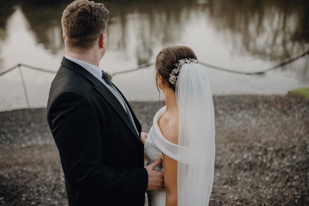 WINTER WEDDING LAKESIDE MARQUEE THORNTON MANOR-90.jpg