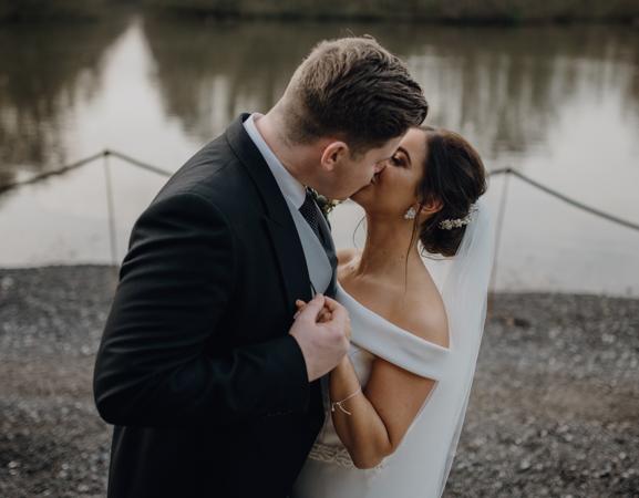 WINTER WEDDING LAKESIDE MARQUEE THORNTON MANOR-96.jpg