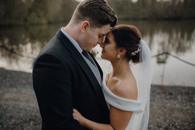 WINTER WEDDING LAKESIDE MARQUEE THORNTON MANOR-97.jpg