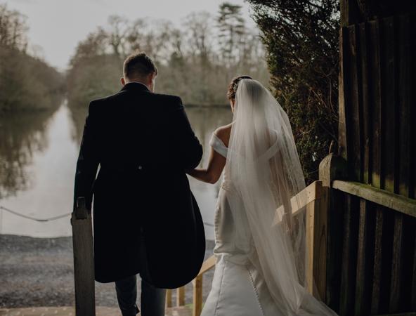 WINTER WEDDING LAKESIDE MARQUEE THORNTON MANOR-112.jpg