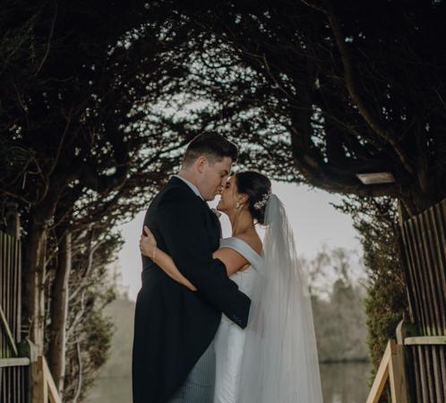 WINTER WEDDING LAKESIDE MARQUEE THORNTON MANOR-111.jpg