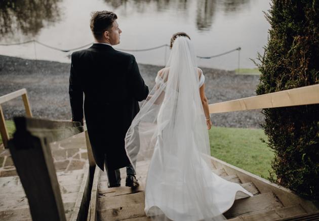 WINTER WEDDING LAKESIDE MARQUEE THORNTON MANOR-113.jpg