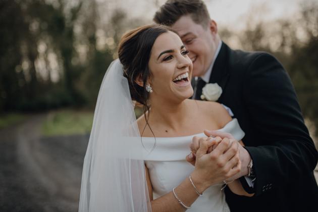 WINTER WEDDING LAKESIDE MARQUEE THORNTON MANOR-116.jpg