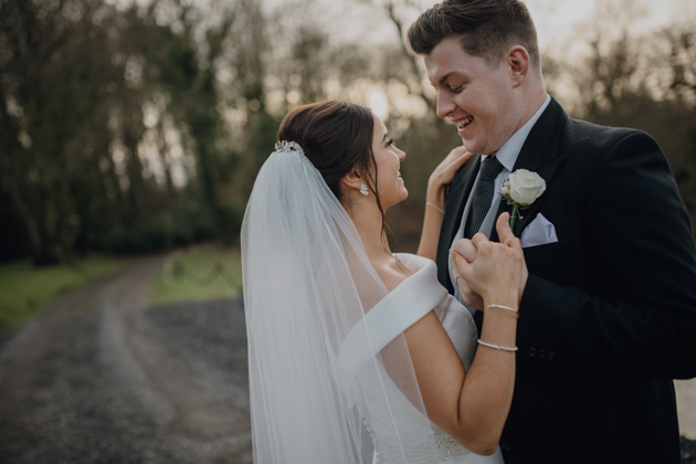 WINTER WEDDING LAKESIDE MARQUEE THORNTON MANOR-118.jpg