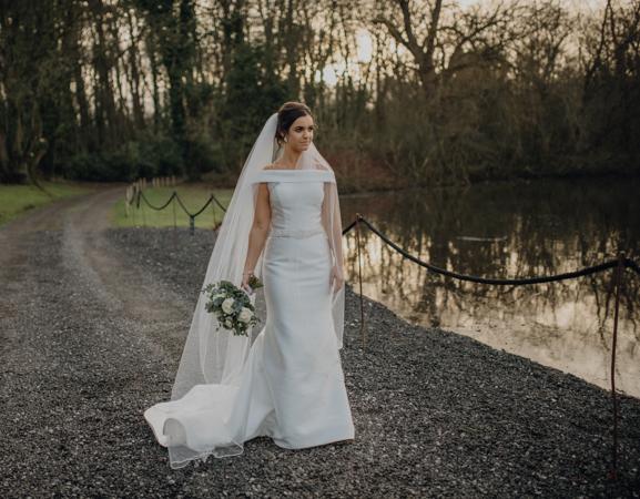 WINTER WEDDING LAKESIDE MARQUEE THORNTON MANOR-130.jpg