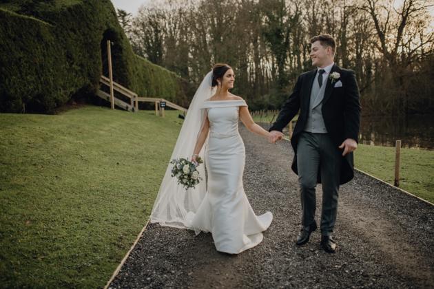 WINTER WEDDING LAKESIDE MARQUEE THORNTON MANOR-137.jpg