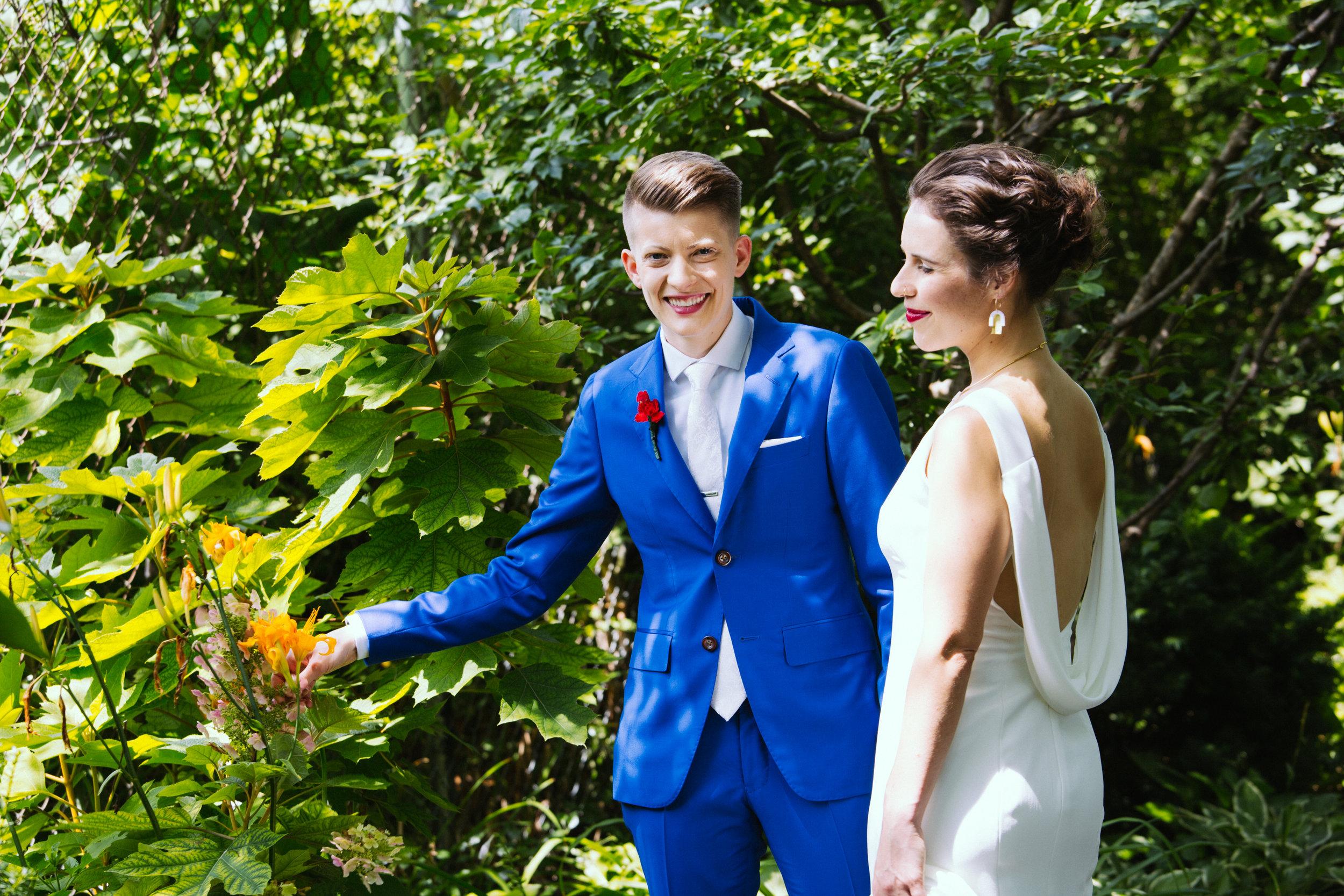 170722_Lisa_Lindsey_Wedding_0112.jpg