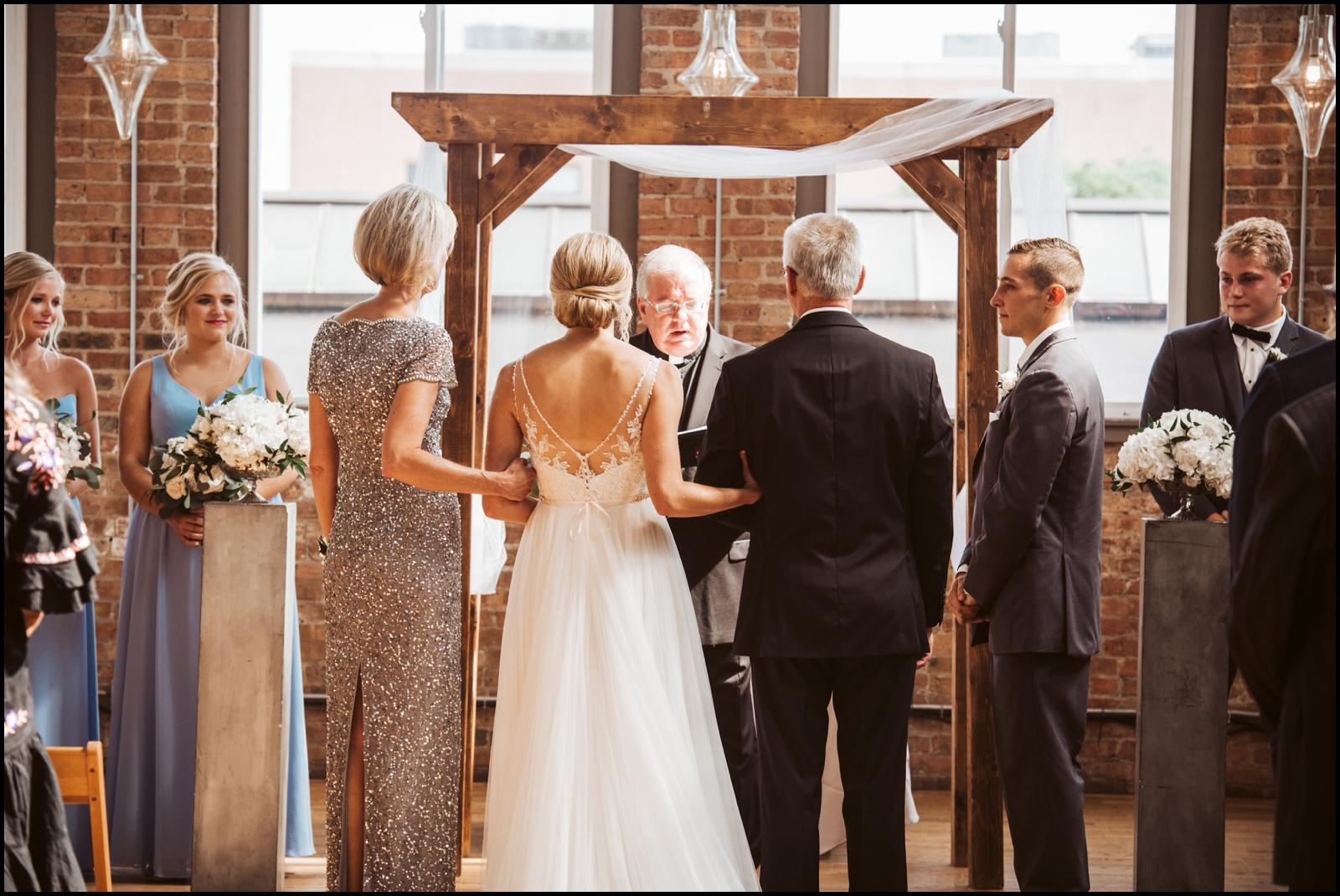 Rustic Chicago wedding