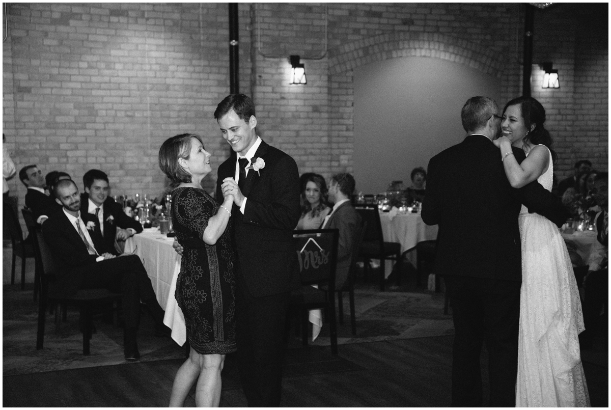Minneapolis Wedding Planner- Hewing Hotel_0800.jpg
