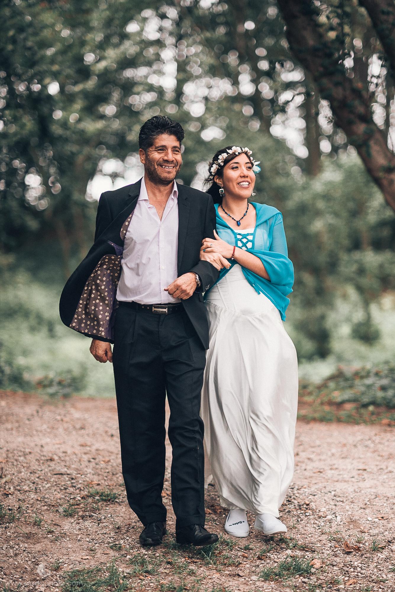 Romantic Forest Wedding Photography Denmark_10.jpg