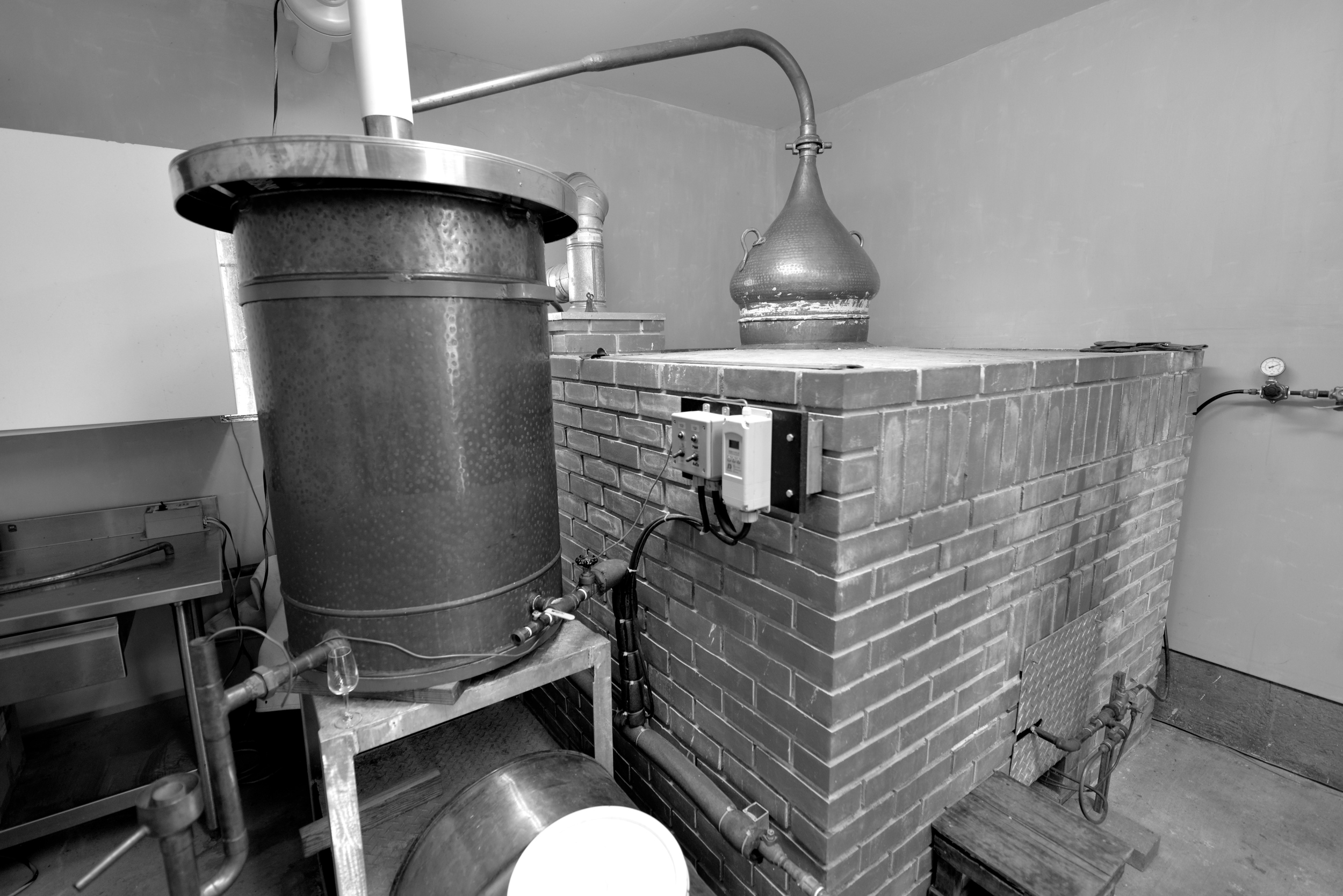 SMALL LOT DISTILLATION