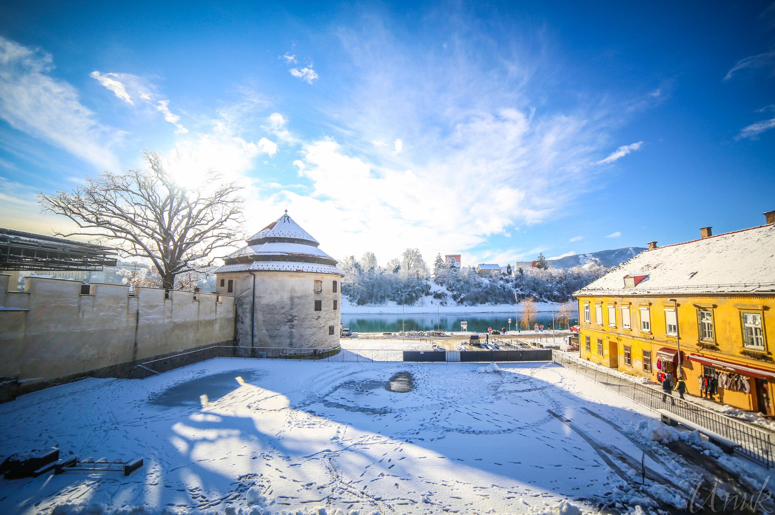 Foto: Igor Unuk - Old Walls in Winter