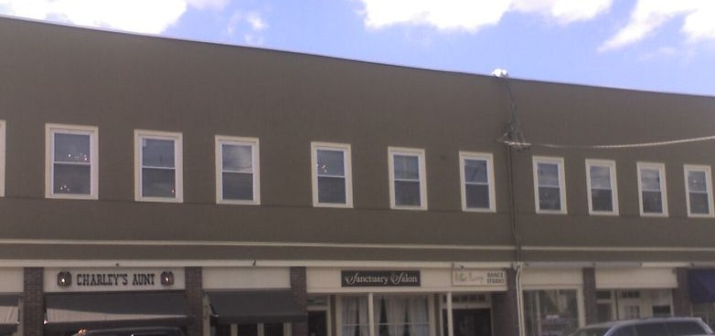 commercial business painting of exterior masonry