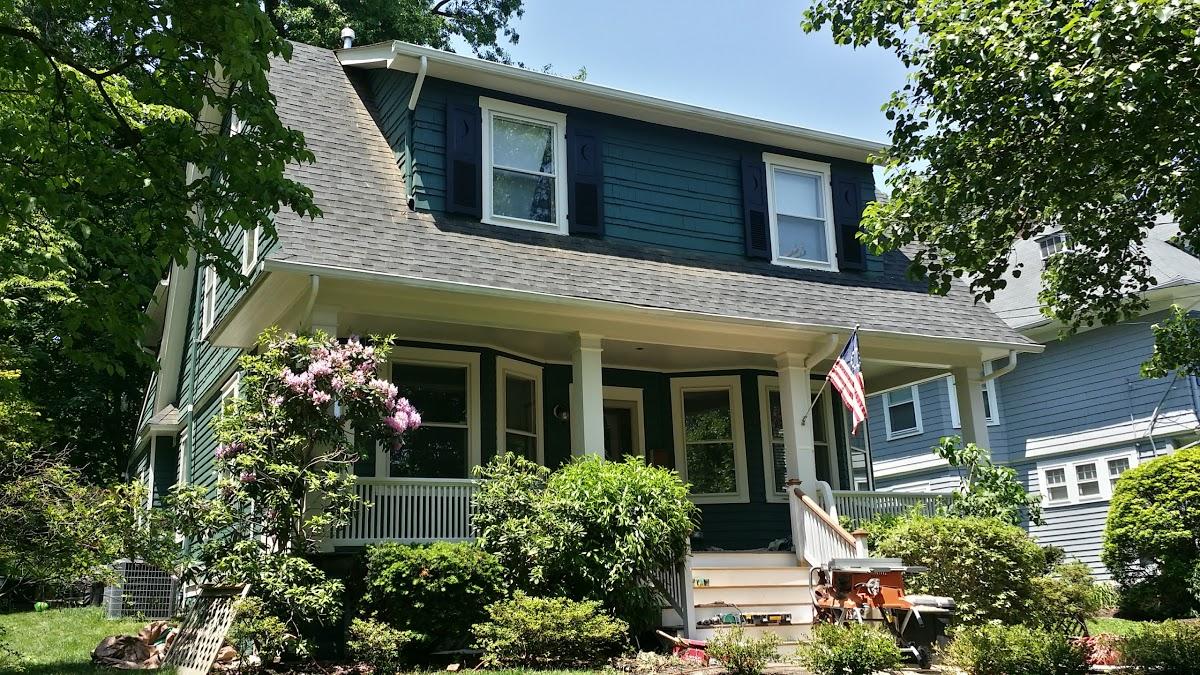 exterior painting company paints exterior cedar shake siding