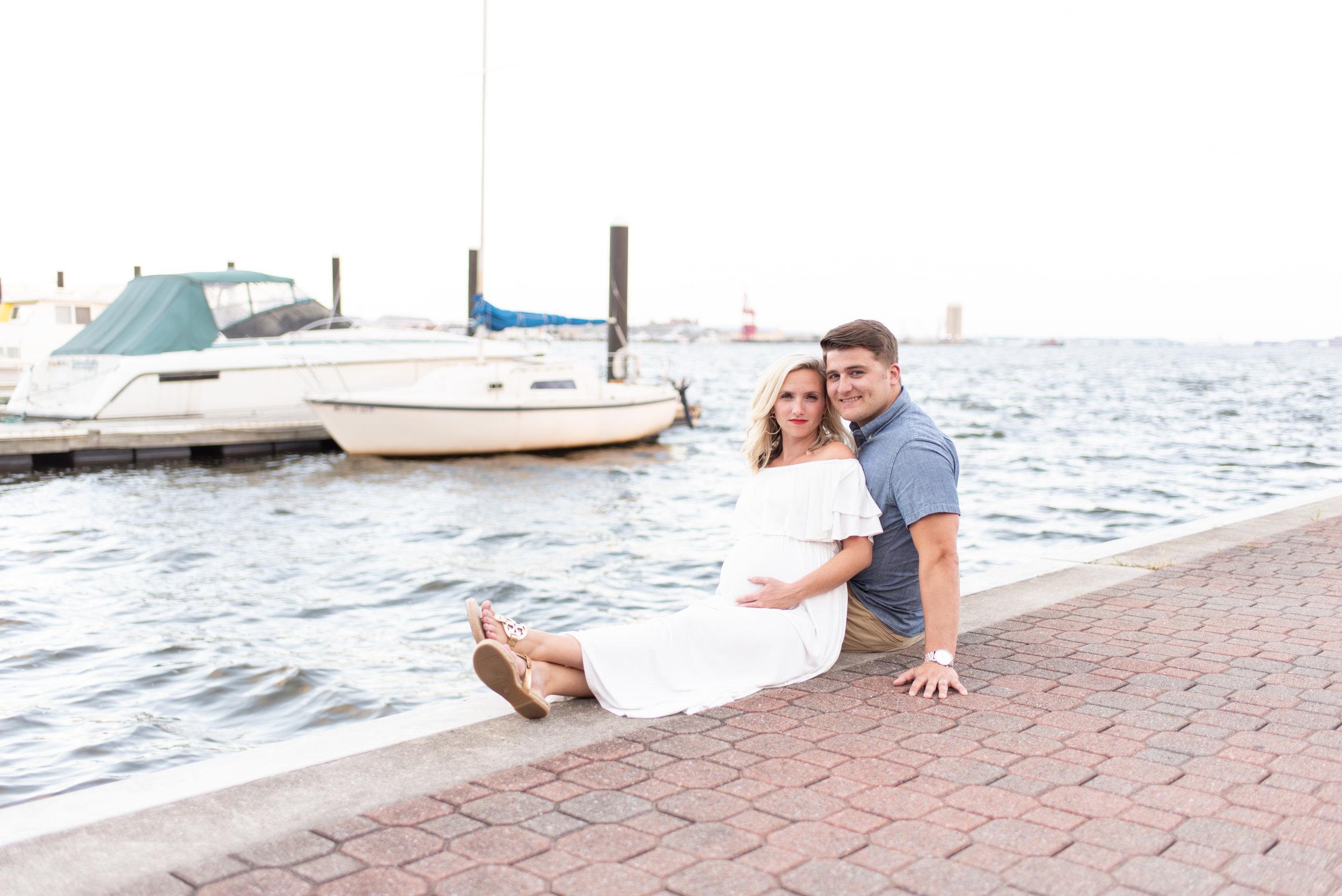 Kelli + Greg Maternity Photos (121 of 150).jpg