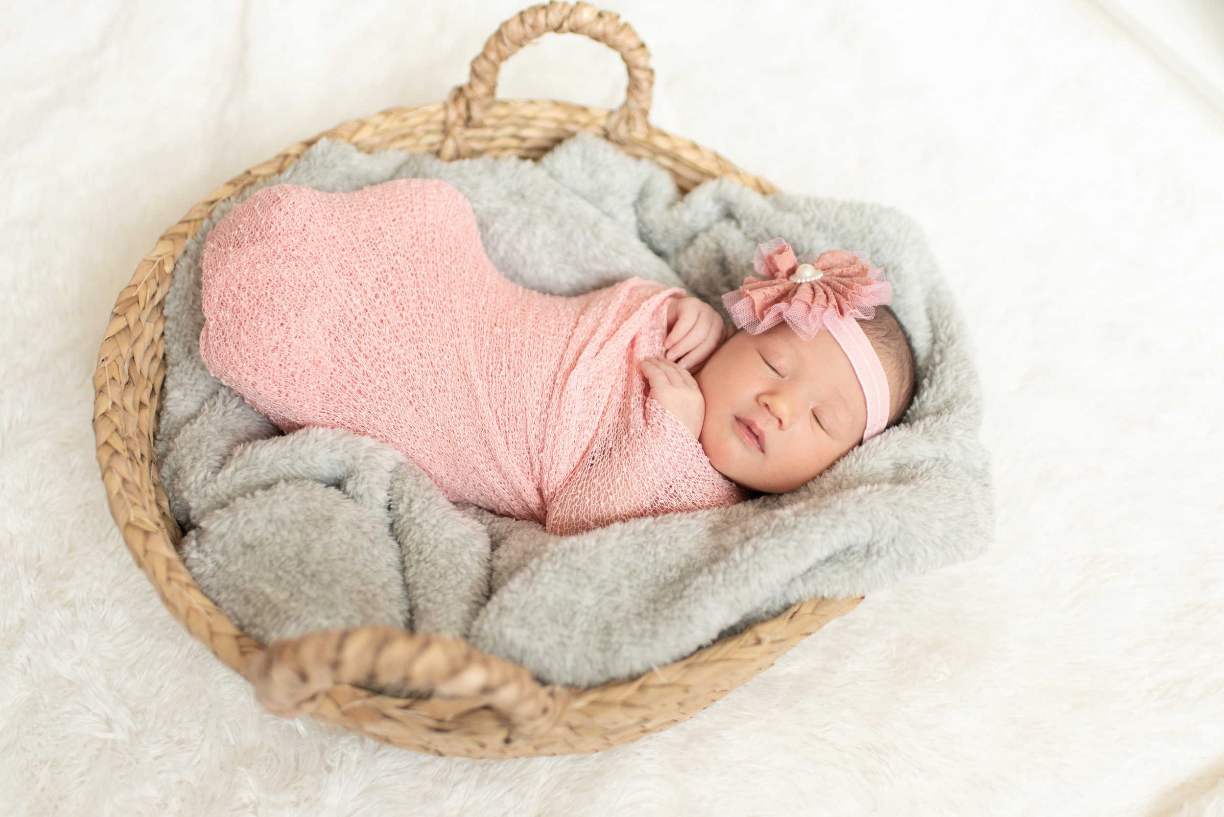 Walman Newborn Session (15 of 80).jpg