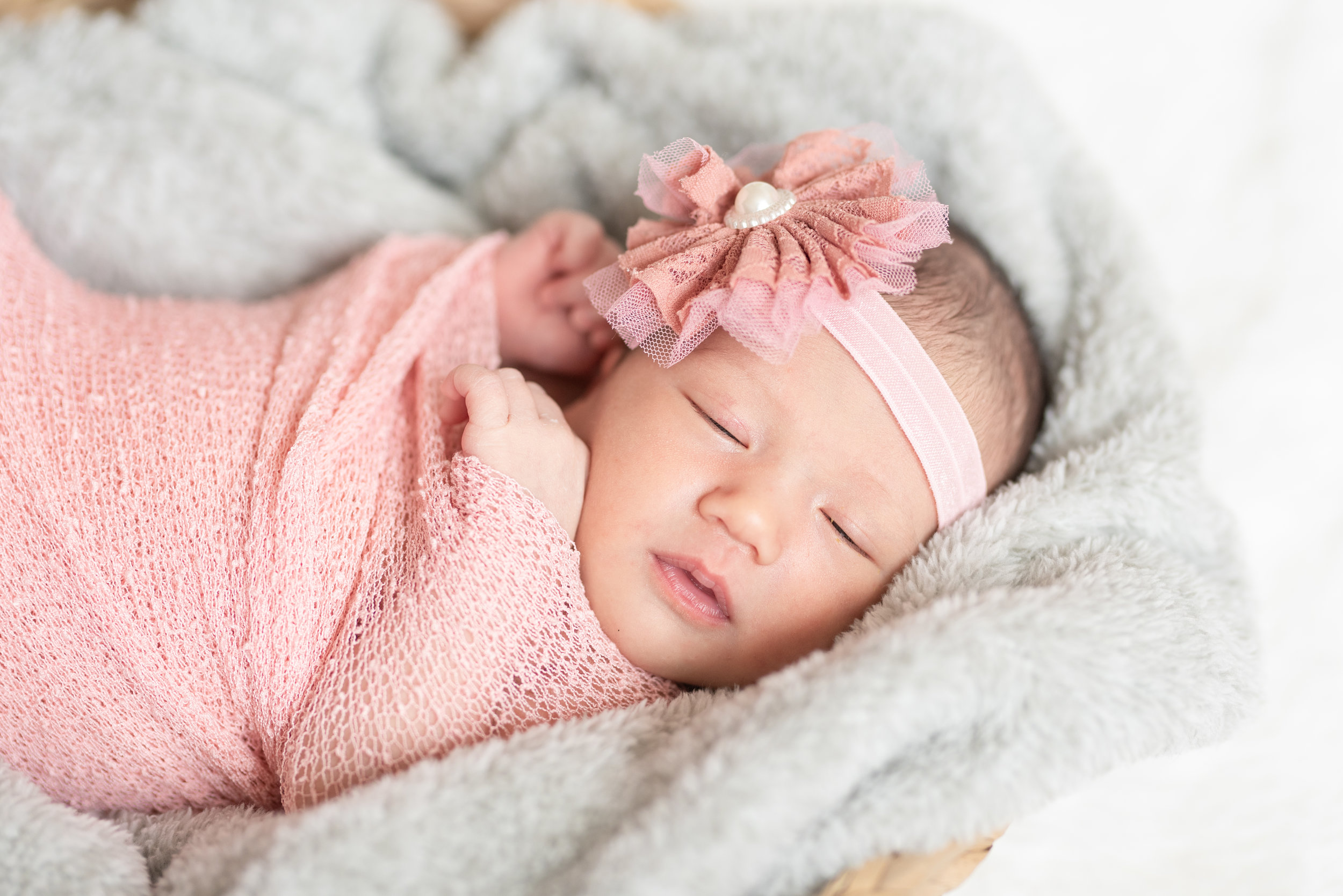 Walman Newborn Session (17 of 80).jpg