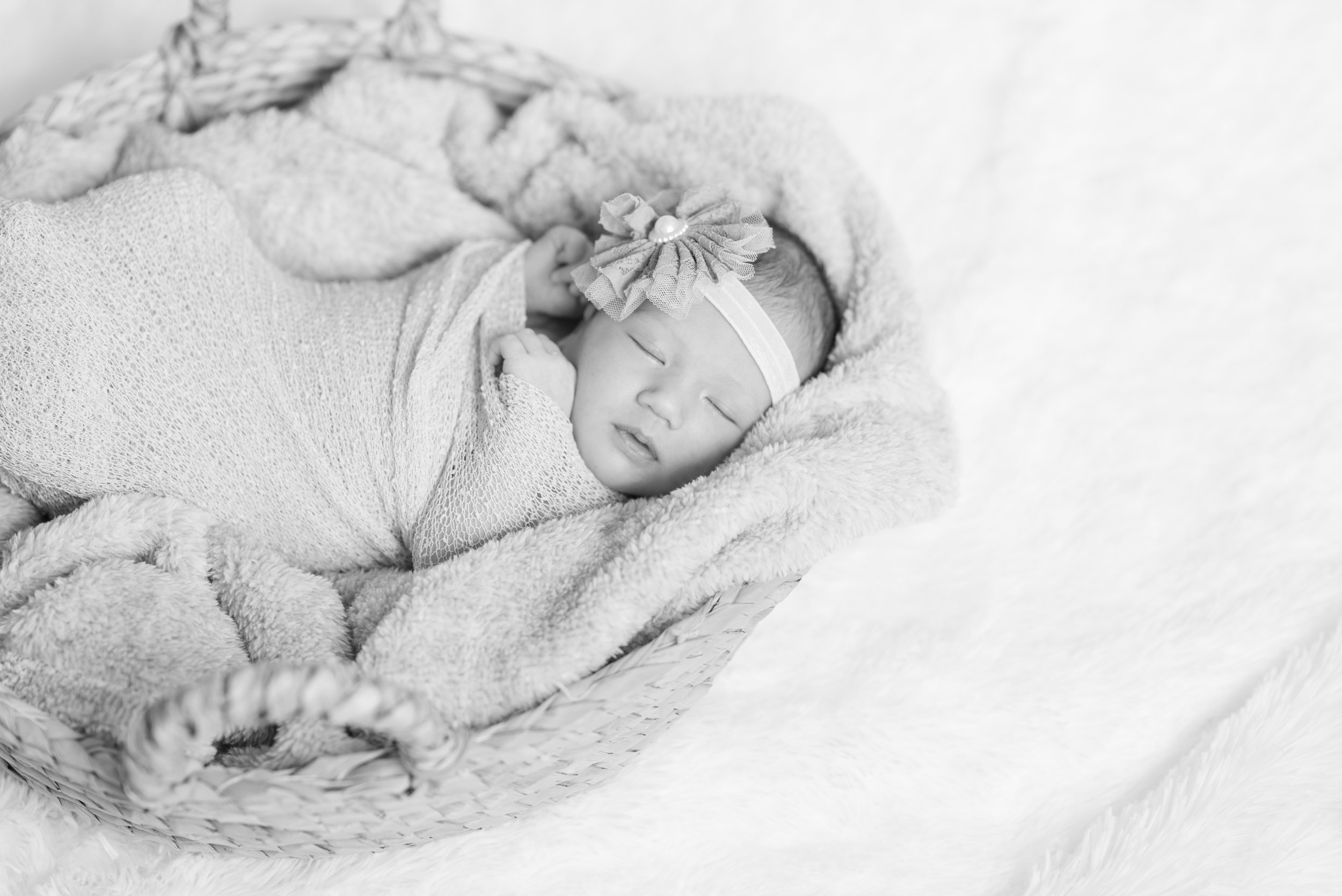 Walman Newborn Session (19 of 80).jpg
