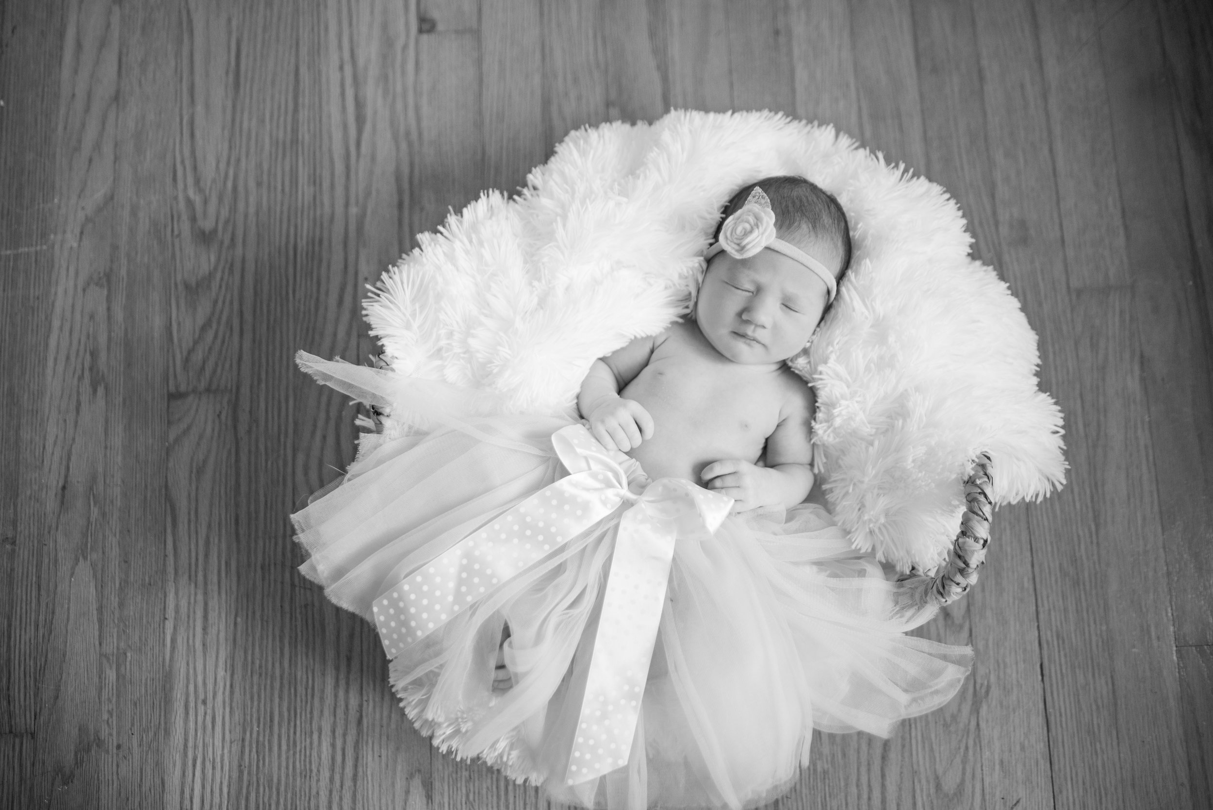 Walman Newborn Session (61 of 80).jpg