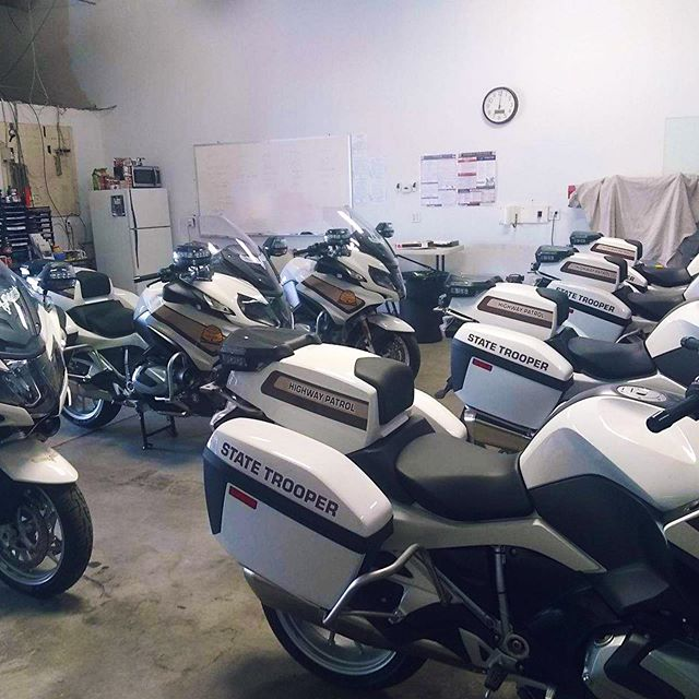 Applying some paint protection film to some Utah Highway Patrol Vehicles. 🏍  #simplycool #simplycoolwindowtinting #windowtinting #windowtint #autotint #automotivetinting #motorcycle #highwaypatrol #utahhighwaypatrol