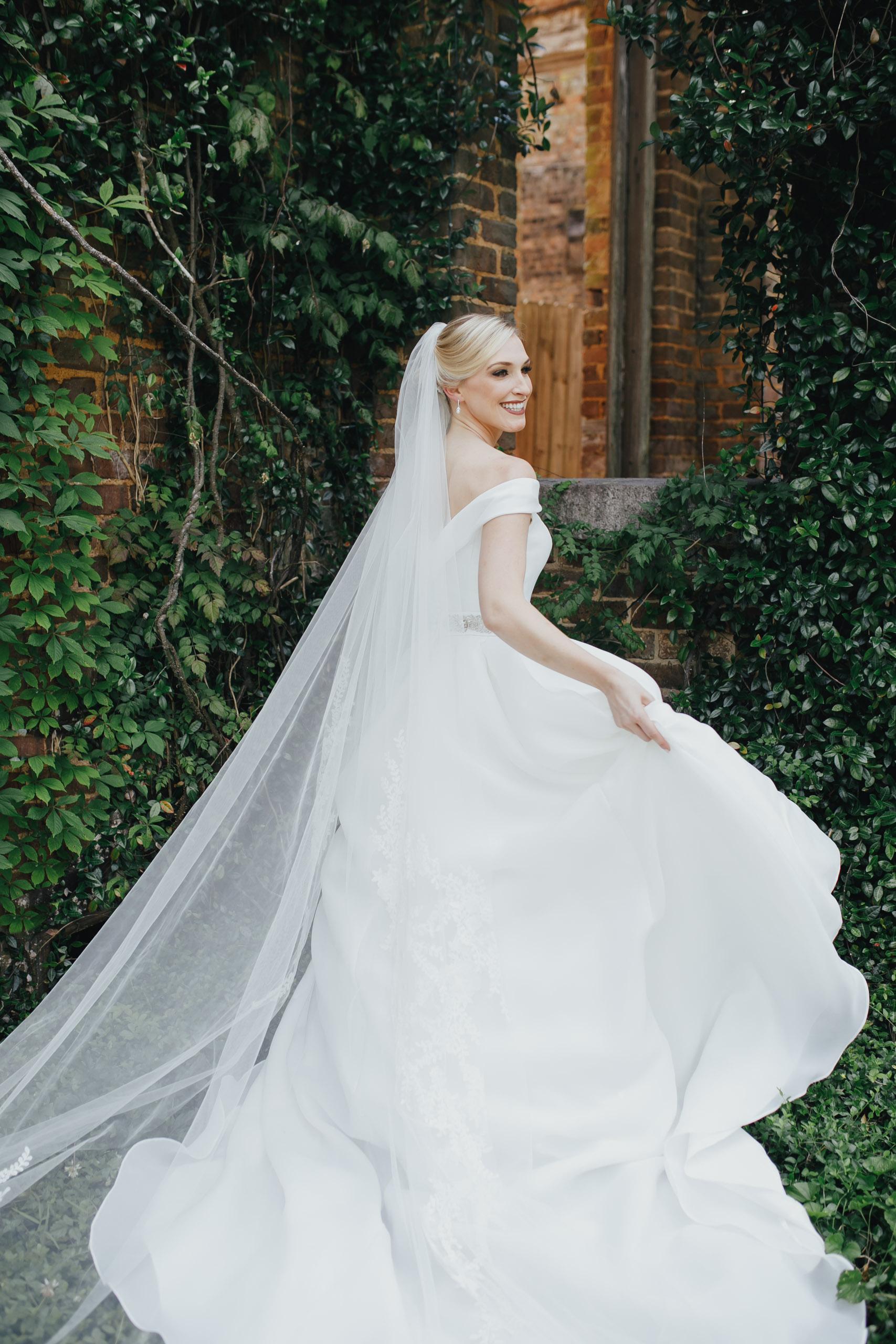 A&E Barnsley Garden Wedding (Prep-Portraits)-153.jpg