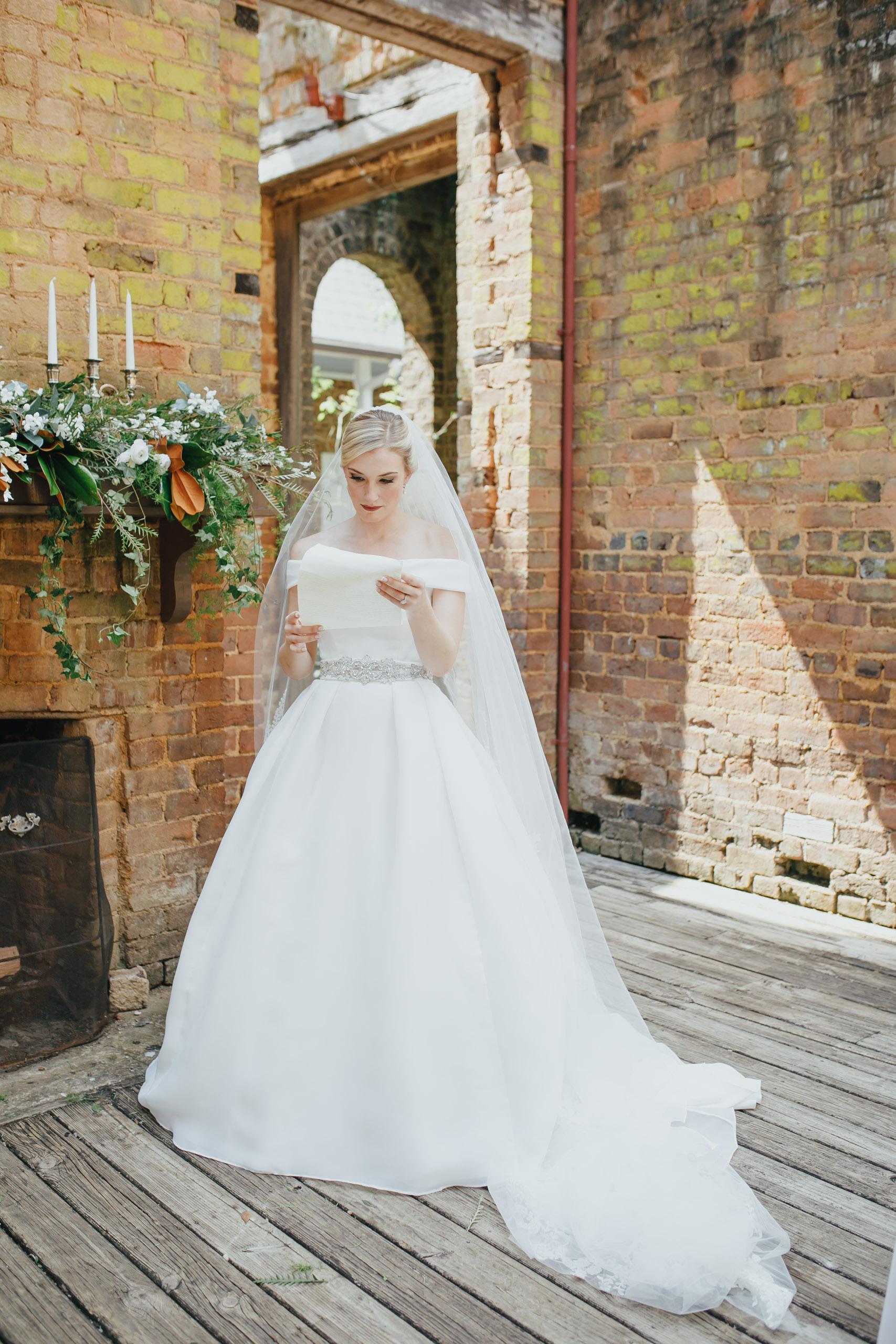A&E Barnsley Garden Wedding (Prep-Portraits)-278.jpg