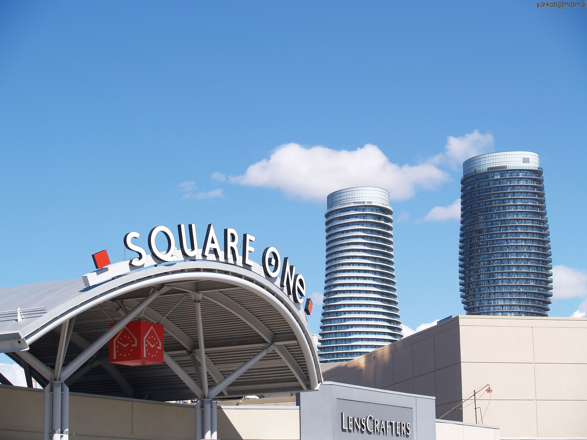 """"""" Square One & Towers """" ( CC BY-SA 2.0 )by  Hugo486"""