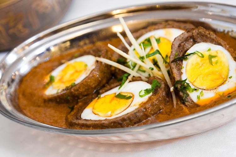Nargisi Kofta curry.jpg