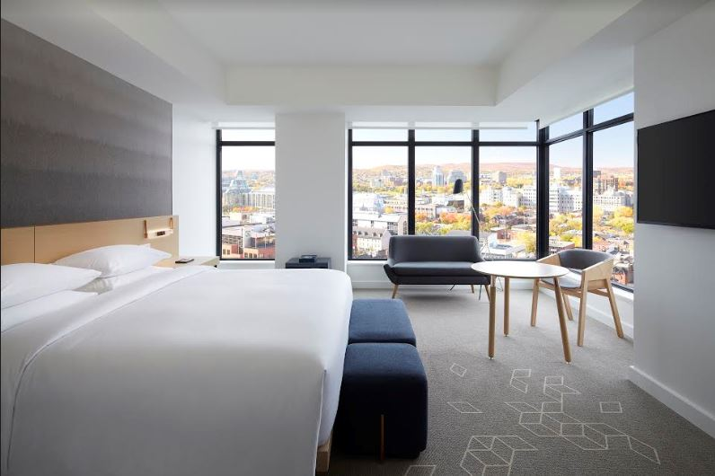Image provided by Andaz Hotel