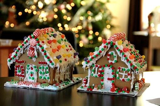 gingerbread-house-286157__340.jpg