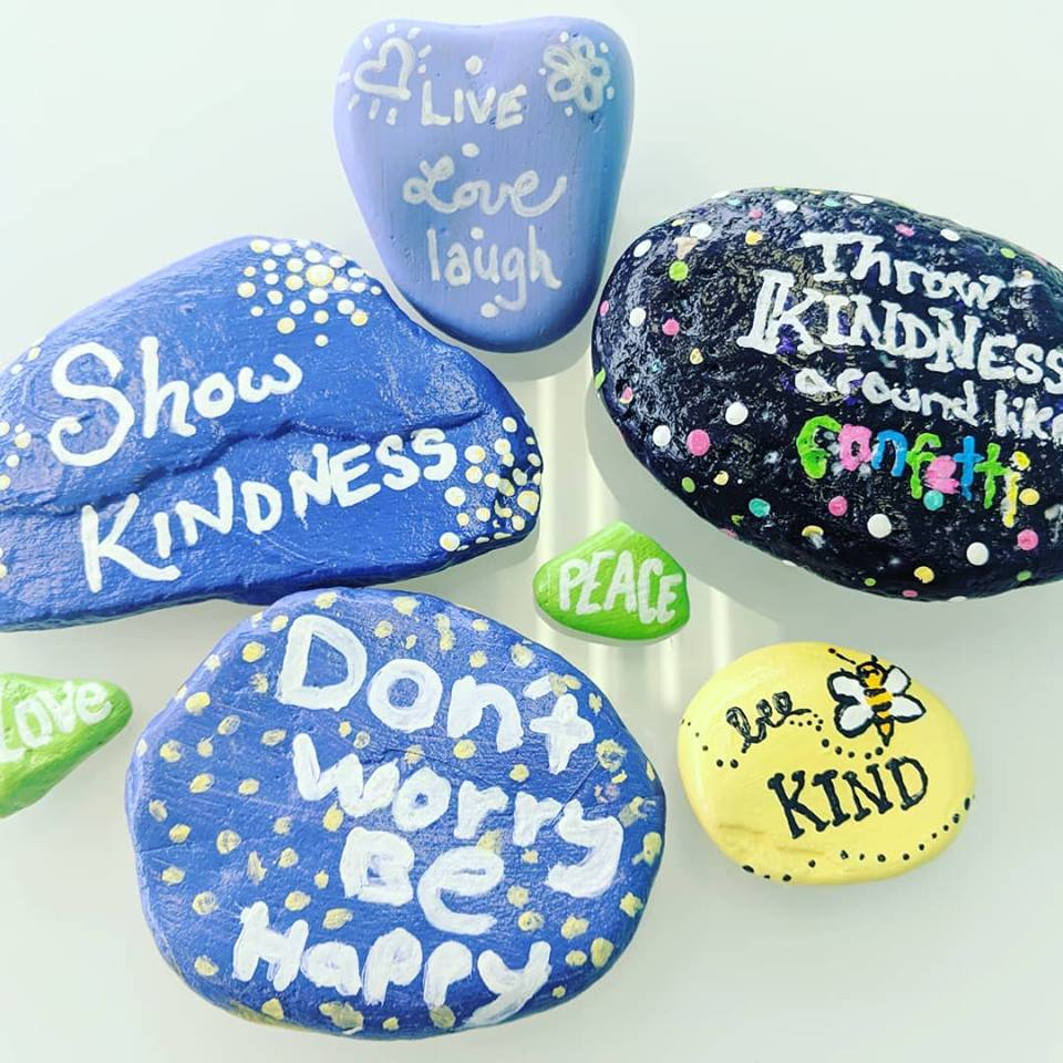 kindness-rocks .jpg