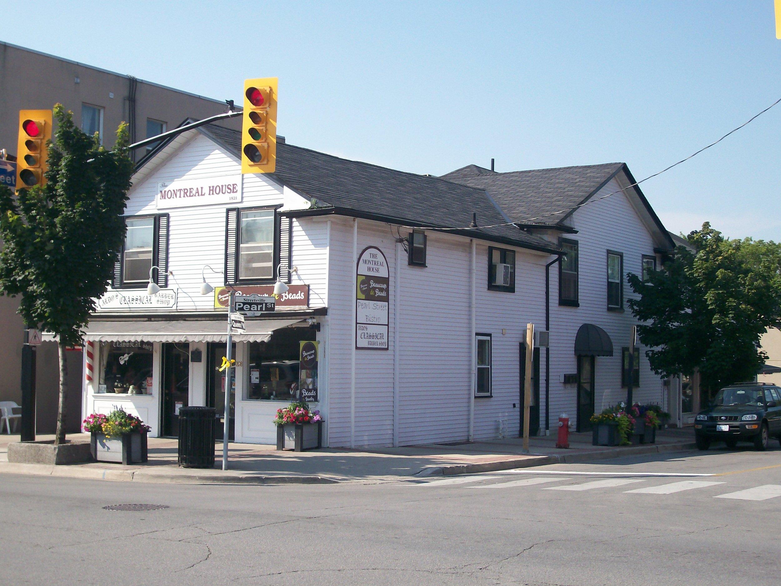 Montreal House, Streetsville, 2008.JPG