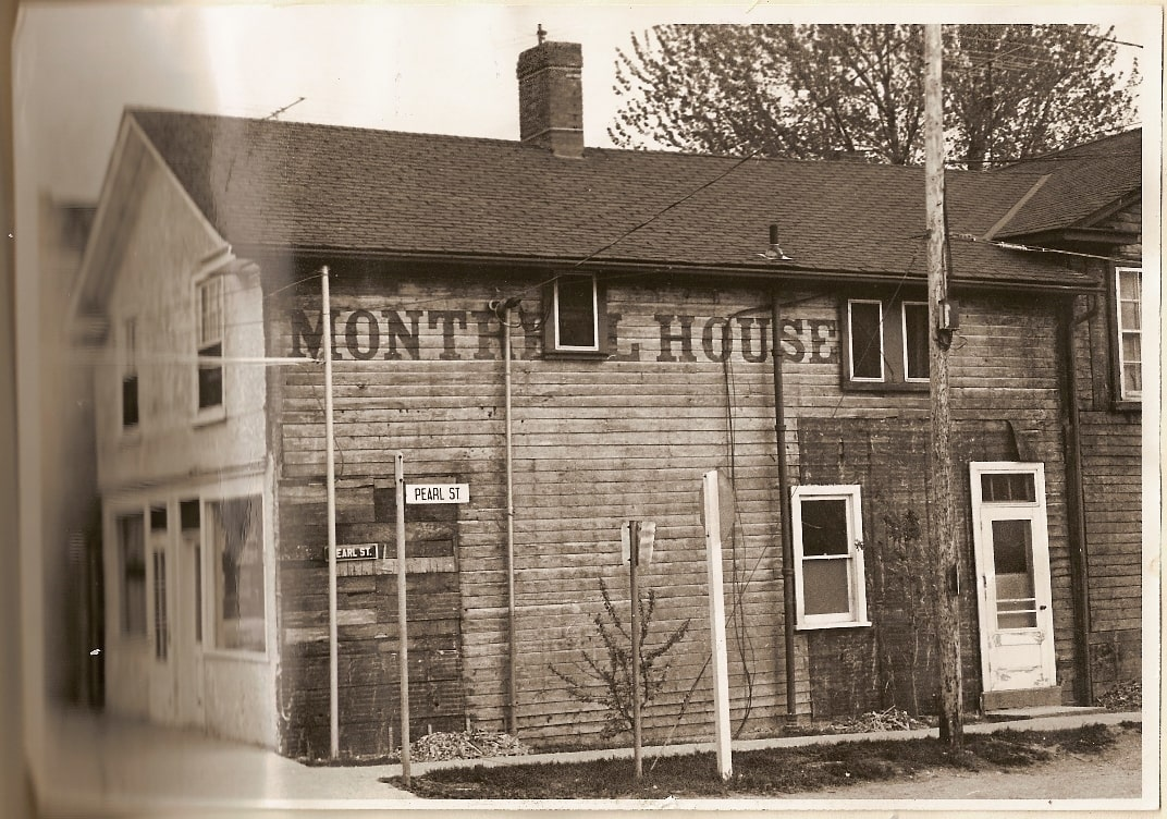Montreal  House, Streetsville, c1940 - HM.jpg