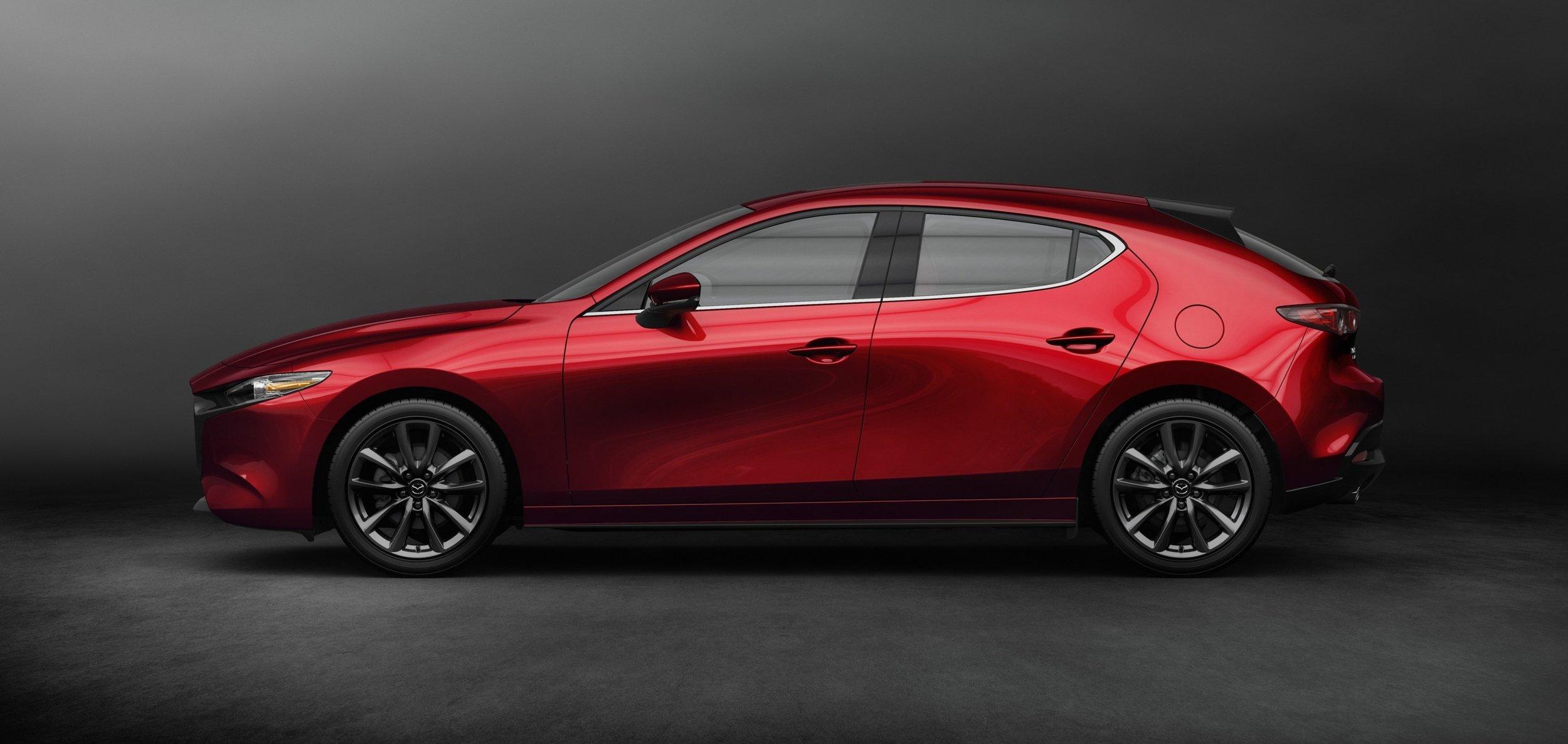 MM18 Page 18 19 Mazda 3.jpg