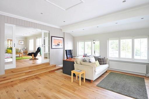wooden-floor-1336166__340.jpg