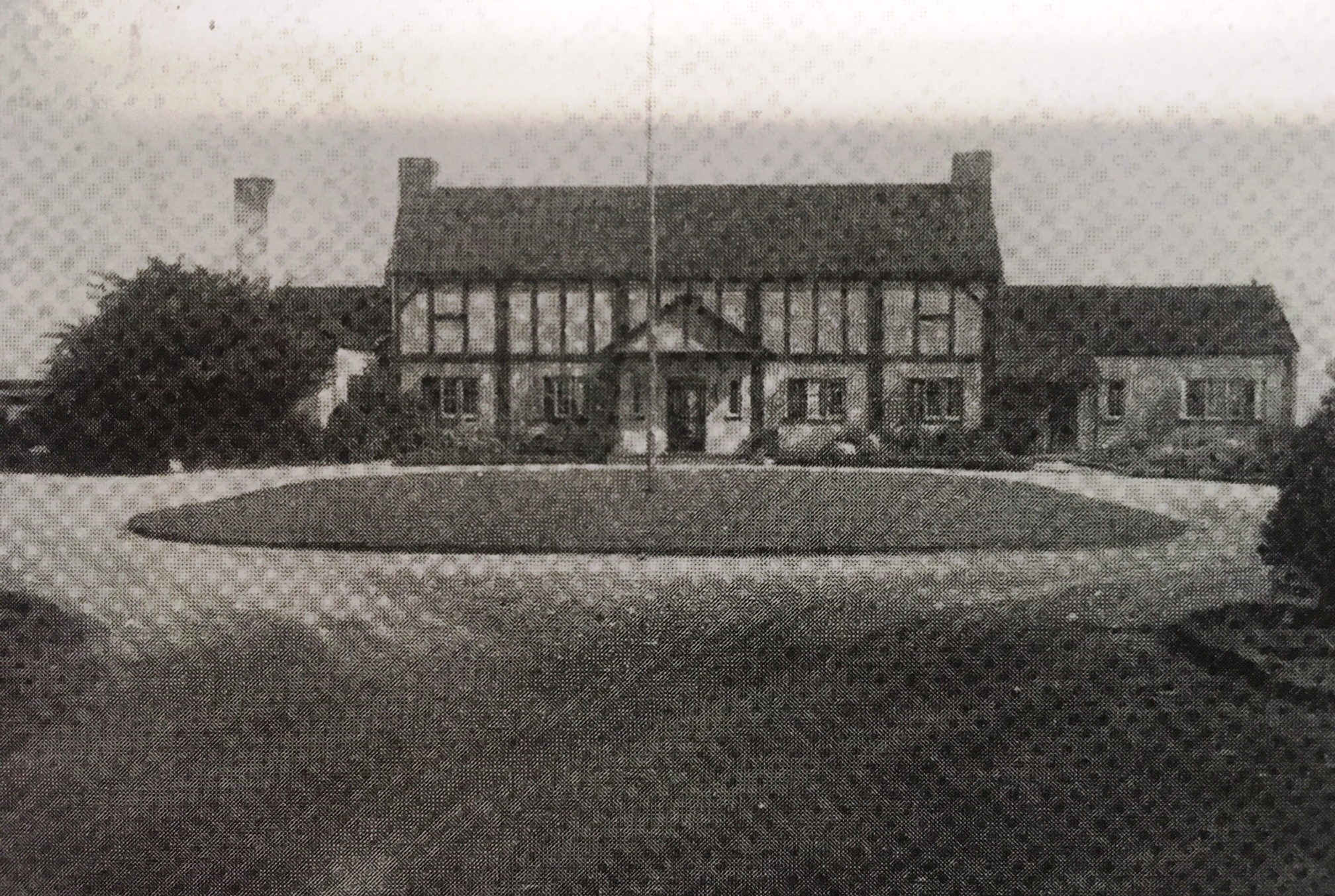 Lake Shore Golf and Country Club Clubhouse, c1928.JPG