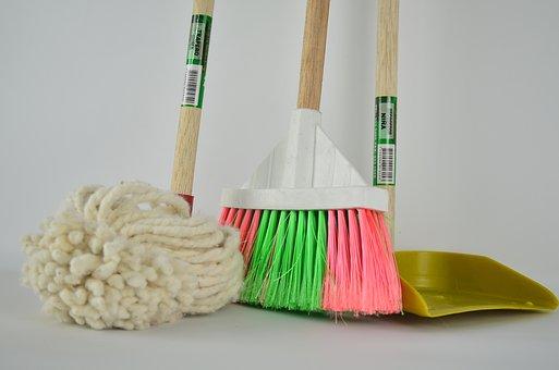 broom-1837434__340.jpg