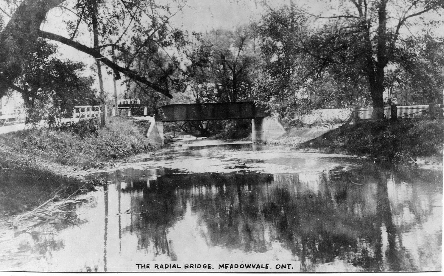 Radial Railway Bridge over Credit River, Meadowvale.JPG