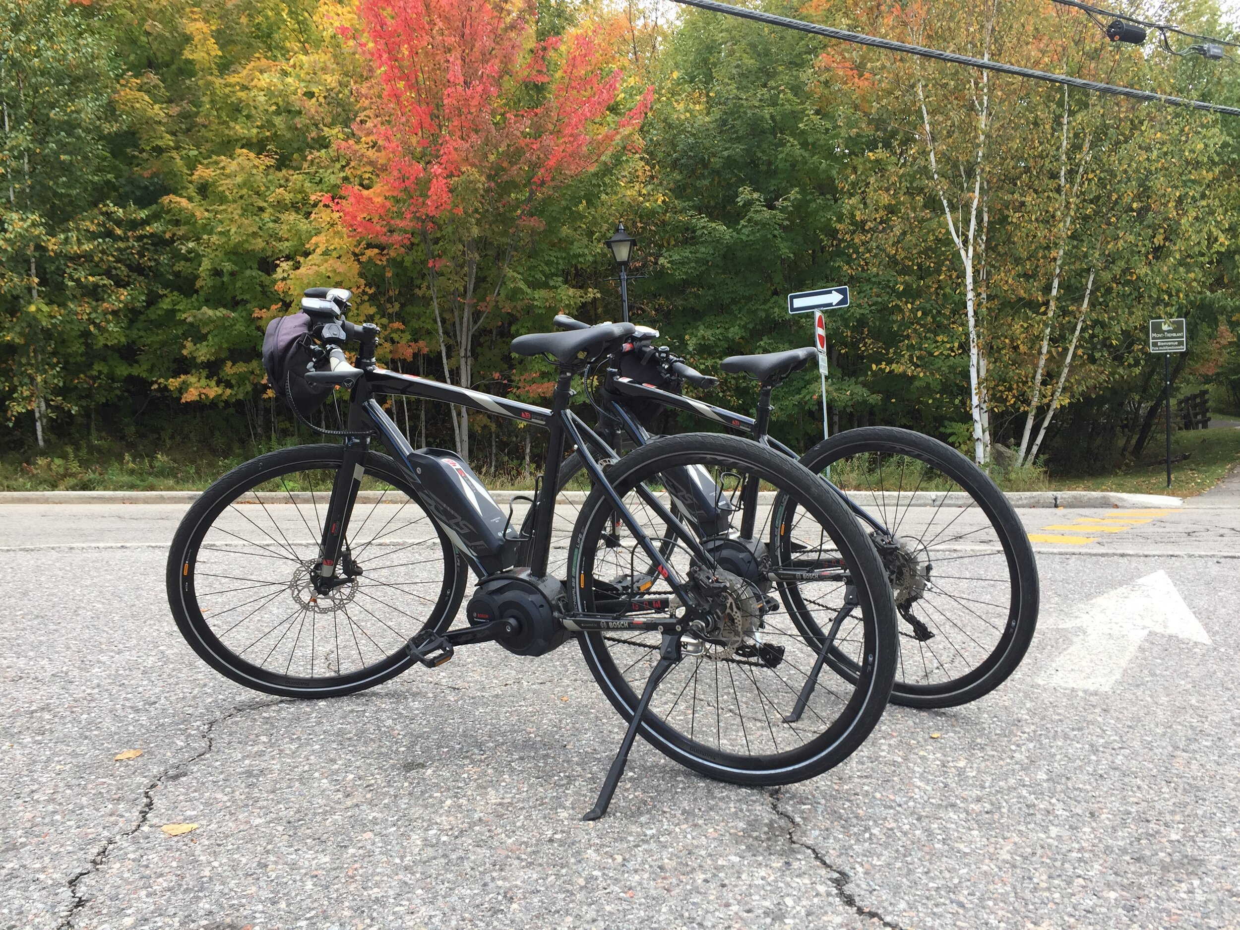 MM21 Pages 12 to 14 Tremblant e bikes.JPG