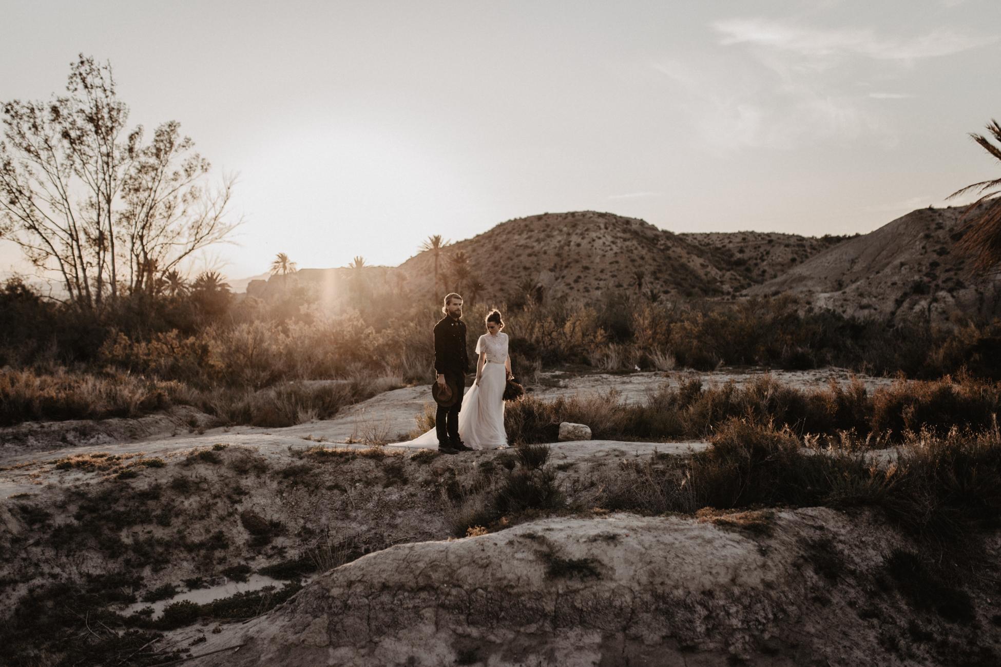 thenortherngirlphotography_photography_thenortherngirl_rebeccascabros_wedding_weddingphotography_weddingphotographer_wood_muebles_deco_bodasdecaramelo_home_bedtime_gaywedding_editorial_desierto_desert_wildestdreams_amortexano-323.jpg