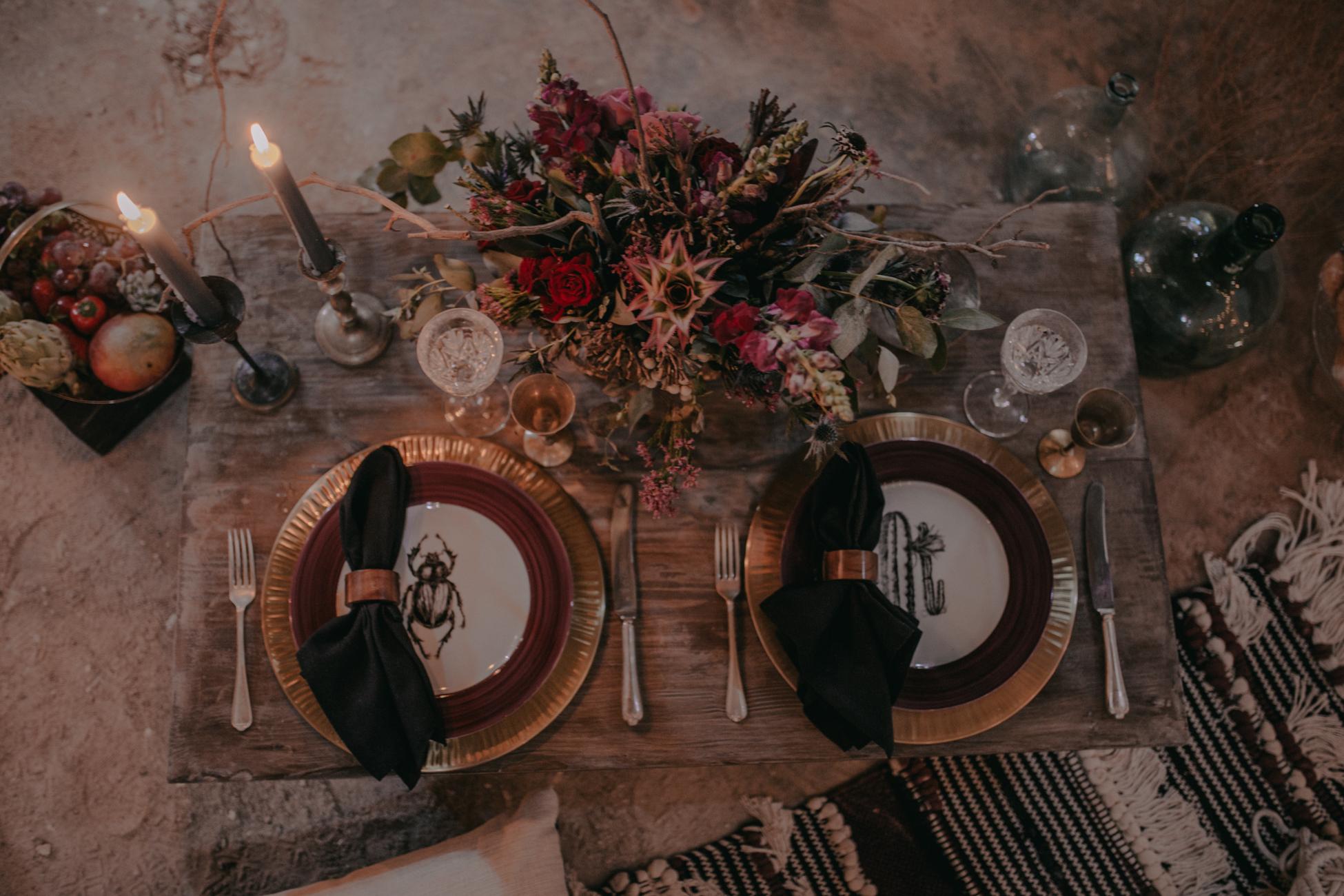 thenortherngirlphotography_photography_thenortherngirl_rebeccascabros_wedding_weddingphotography_weddingphotographer_wood_muebles_deco_bodasdecaramelo_home_bedtime_gaywedding_editorial_desierto_desert_wildestdreams_amortexano-24.jpg