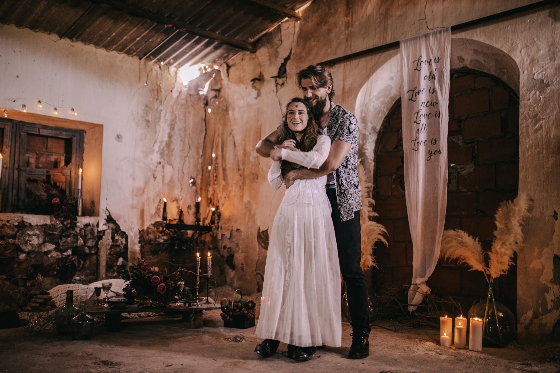 thenortherngirlphotography_photography_thenortherngirl_rebeccascabros_wedding_weddingphotography_weddingphotographer_wood_muebles_deco_bodasdecaramelo_home_bedtime_gaywedding_editorial_desierto_desert_wildestdreams_amortexano-93.jpg