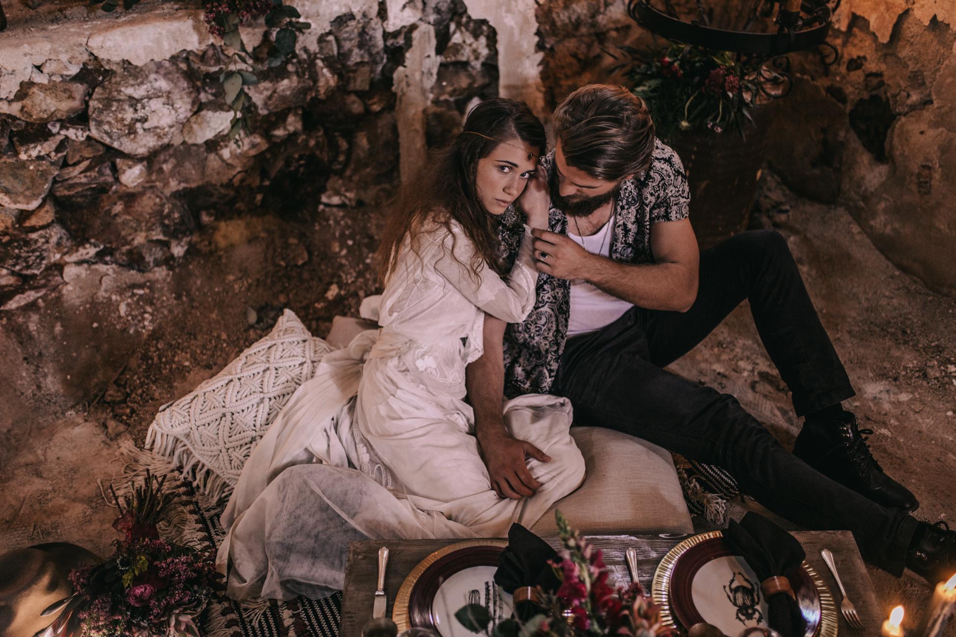 thenortherngirlphotography_photography_thenortherngirl_rebeccascabros_wedding_weddingphotography_weddingphotographer_wood_muebles_deco_bodasdecaramelo_home_bedtime_gaywedding_editorial_desierto_desert_wildestdreams_amortexano-120.jpg