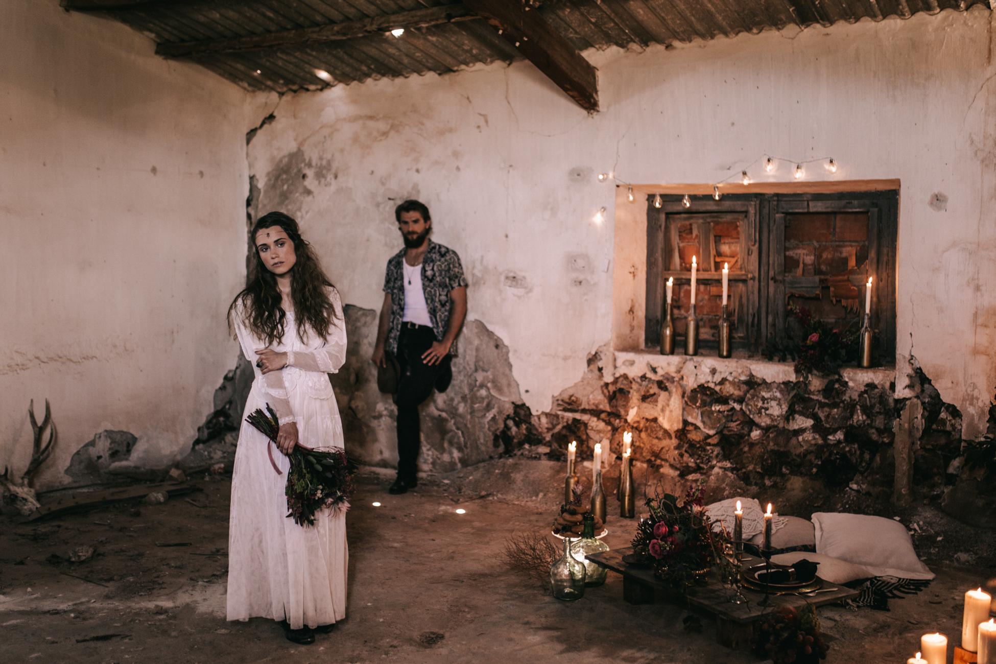 thenortherngirlphotography_photography_thenortherngirl_rebeccascabros_wedding_weddingphotography_weddingphotographer_wood_muebles_deco_bodasdecaramelo_home_bedtime_gaywedding_editorial_desierto_desert_wildestdreams_amortexano-155.jpg
