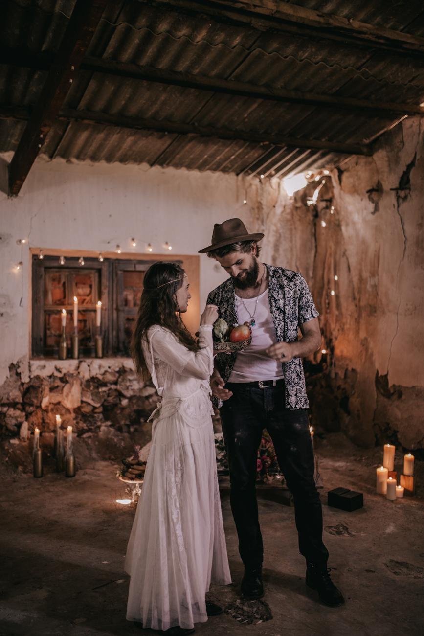 thenortherngirlphotography_photography_thenortherngirl_rebeccascabros_wedding_weddingphotography_weddingphotographer_wood_muebles_deco_bodasdecaramelo_home_bedtime_gaywedding_editorial_desierto_desert_wildestdreams_amortexano-181.jpg