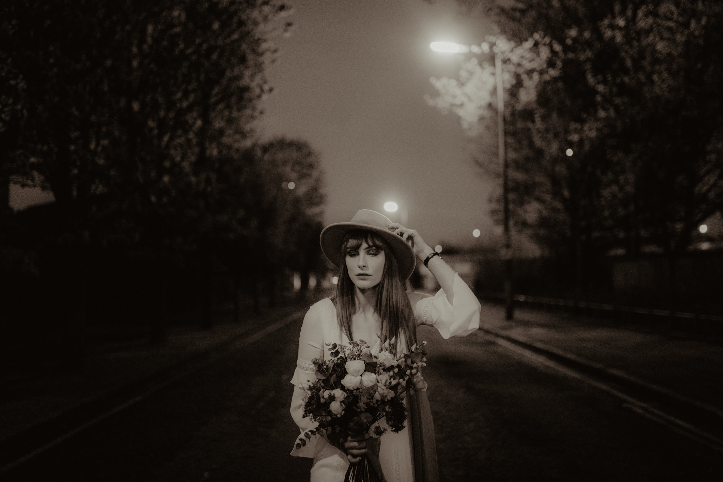 alt_thenortherngirlphotography_liverpool_couples_weddingphotographer_photographer_wedding_boda_fotografodebodas_fotografobodasbarcelona_bodaindie_bodasconestilo_antique-180.jpg