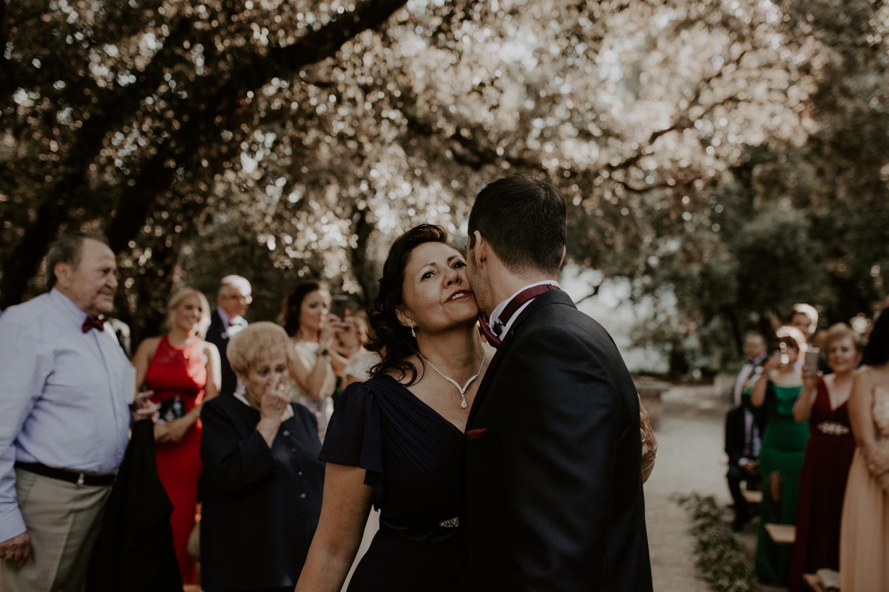 alt_thenortherngirlphotography_couples_weddingphotographer_photographer_wedding_boda_fotografodebodas_fotografobodasbarcelona_bodaindie_bodasconestilo_bodaensantperedeclara_jennifermiguel-279.jpg