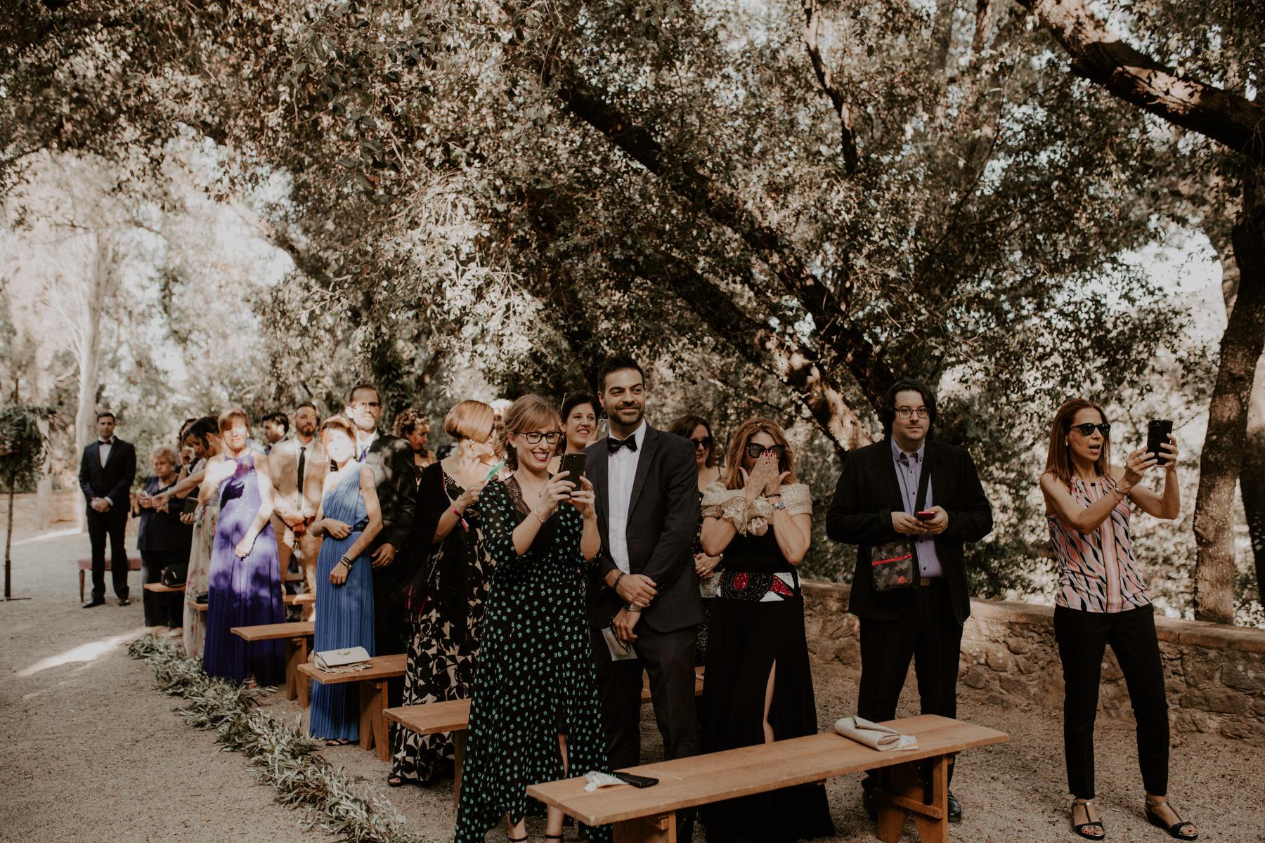 alt_thenortherngirlphotography_couples_weddingphotographer_photographer_wedding_boda_fotografodebodas_fotografobodasbarcelona_bodaindie_bodasconestilo_bodaensantperedeclara_jennifermiguel-282.jpg
